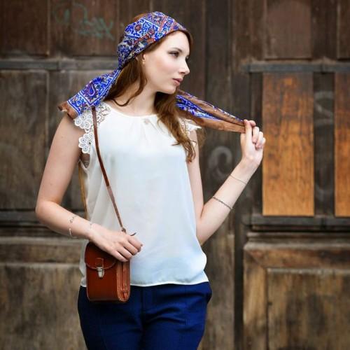Moda A Bellagio per un foulard