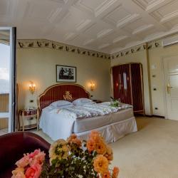 Classic Room #9